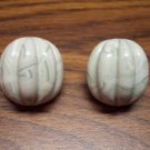 Green Marble Plastic Avon Pierced Button Earrings Collectible Vintage Costume Jewelry 109-285