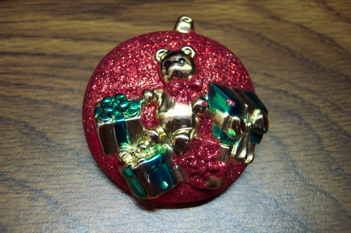 Vintage Musical Christmas Ornament Pin 101-4043