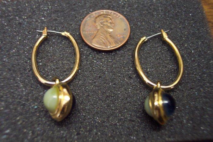 Vintage Unique Reversible Goldtone PIERCED EARRINGS 101-006ear Costume Jewelry