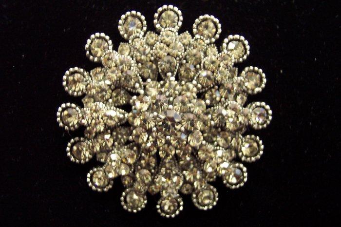 Vintage Large Round Silvertone Rhinestone Brooch Pin Pendant ~ 838-43w