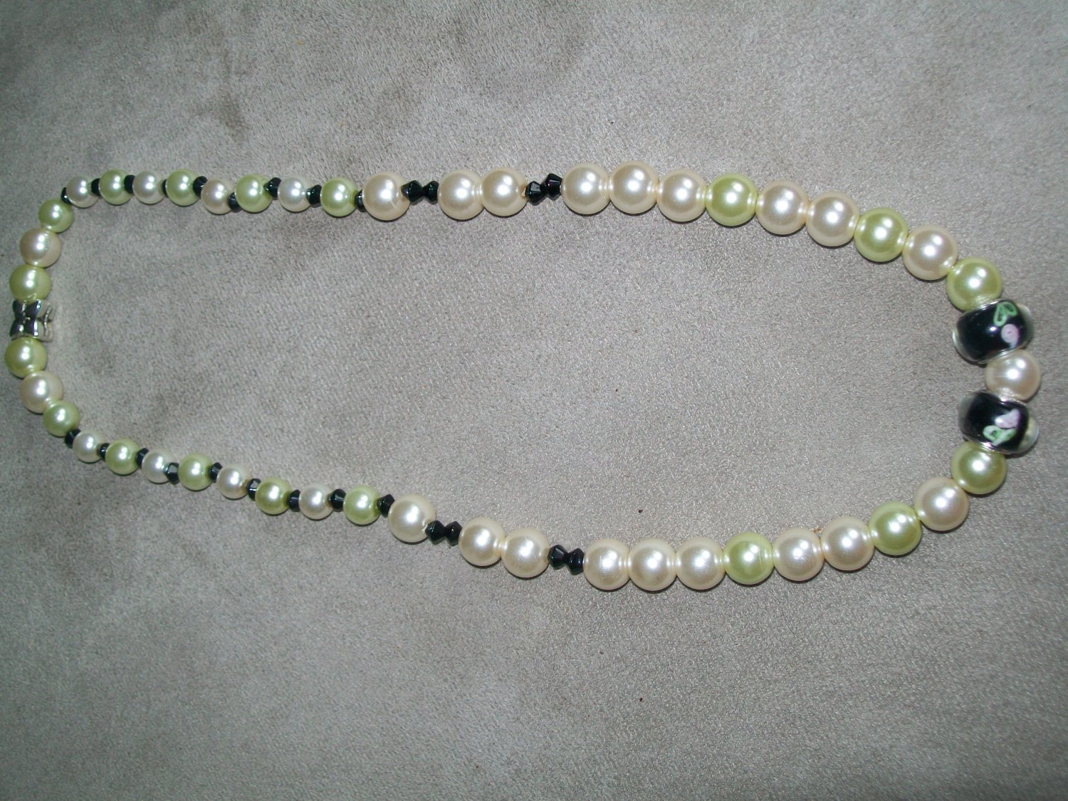 Cream and Pale Green Pearl Necklace