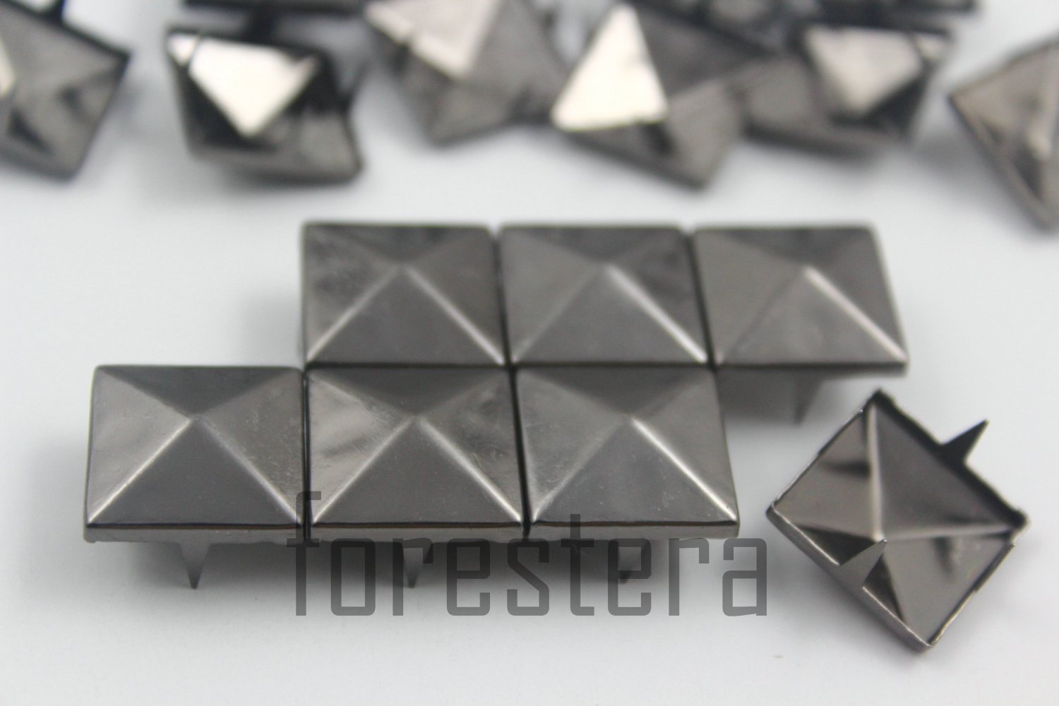 100 15mm Gunmetal Pyramid Studs DIY Studs Metal Studs Craft Studs Spike (GP15)