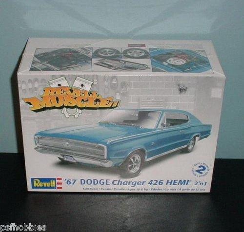 Revell 1967 Dodge Charger 426 Hemi  Plastic Model Car Kit 1/25 MIP FREE GIFT