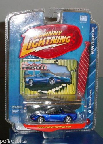 Johnny Lightning JL Fathers Day 2003 Corvette Mod Muscle Diecast Toy Car 1/64
