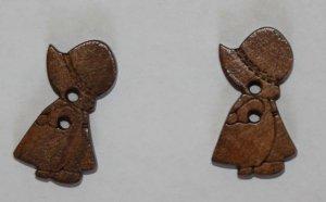 2 pcs wood buttons Girls