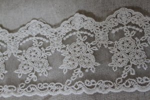 "Fabulous lace trim Embroidered Floral on Mesh 3.5"" Wide 1 yds Fast Shipping"