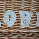 Beautiful Patch Fabric Flowers Appliques L O V E Letters Venise Retro Fast Shipping