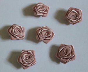 Fabric Flowers Appliques Patches 6 pcs Fast Shipping
