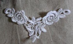 Lovely Venise Flowers Appliques Patches collars 1 pc Fast Shipping