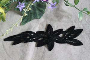 Gorgeous Black Embroidered Flowers Appliques Patches 1 pc Fast Shipping