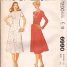 McCalls 6990 (1980) Princess Seam Round Neck Back Zipper Dress Pattern Size 24 UNCUT