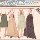McCalls 5666 (1977) Vintage Back Zip Skirt Welt Side Seam Pockets Pattern Size 16 UNCUT