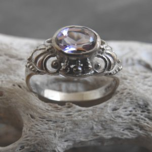 Sterling Silver And Amethyst Ring (sz.7)