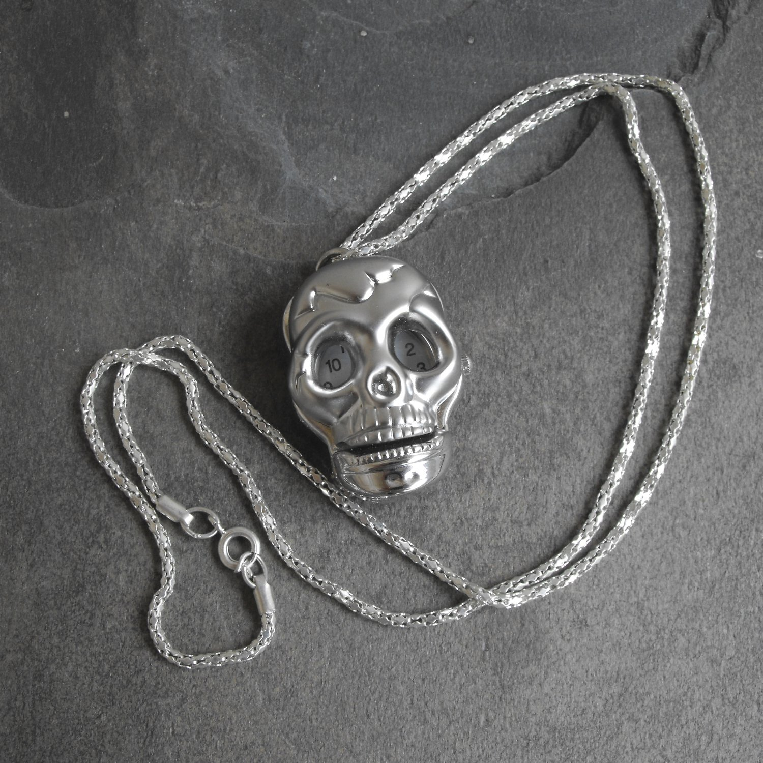 Large Skull Necklace Watch
