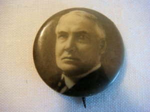 Warren Harding Portrait Celluloid Pinback (ca. 1920)