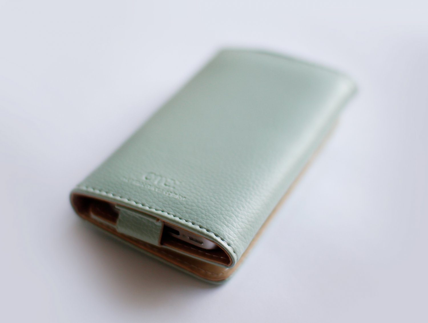 iPhone Leather Wallet - Dusty Shale
