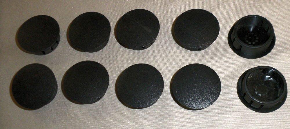 """La Vanture Products Plastic Black 7/8"""" Locking Rigid Hole Plug  Pack 10"""