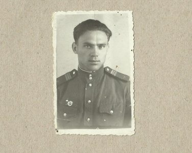 SOVIET SOLDIER PHOTOGRAPH WITH PERSONAL MESSAGE FEBRUARY 1954 GOMEL