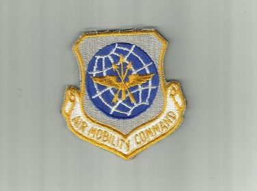 UNITED STATES US AIR MOBILITY COMMAND PATCH BADGE