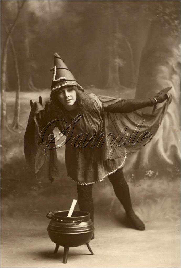 VINTAGE WITCH HALLOWEEN WICCA COSTUME CANVAS ART- LARGE