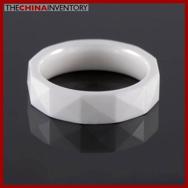 SIZE 8 MILKY CERAMIC FACETED WEDDING BAND RING R0901