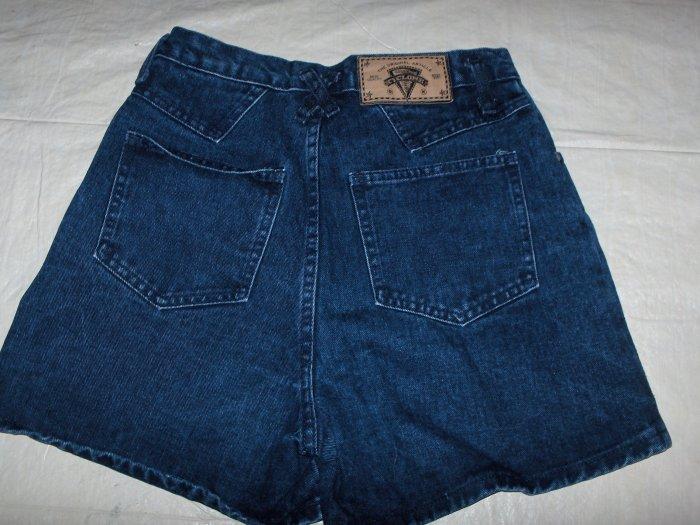 Cyclone denim shorts Jrs. size 11 nwot