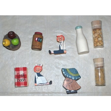 Miniatures set of 9 different pieces-doll house items