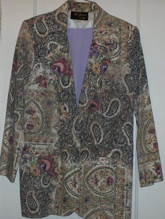 Lavender-Lilac Paisley blazer w/ matching shell 8-10?