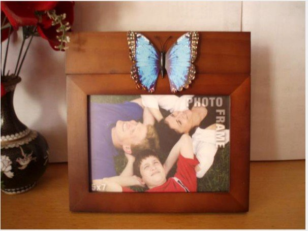 2Pcs. Unique 5x7 inch Wooden Photo Picture Frame With Changeable Shape Ornament Updates Function.UK