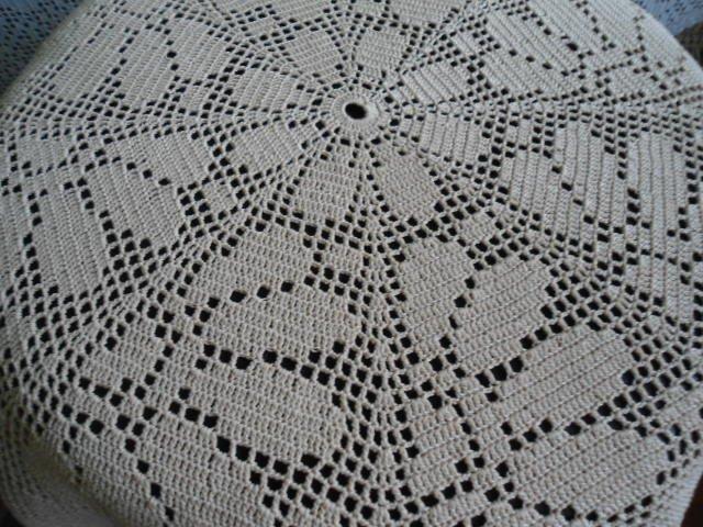 Beautiful handmade crocheted doily Margaritas - beige - 34 inches