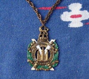 OLD Celtic MEDALLION CREST Kings Own Borderer NECKLACE