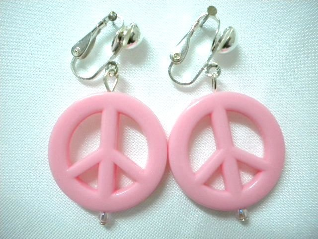 Rose pink Peace & Love clip on earring