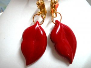 Sexy lip kiss mouth dangle clip on earring for woman