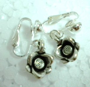 Girl jewelry Rose flower charm dangle clip on earring
