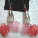 Pink red maple leaf dangle pierced earring 5.5cm