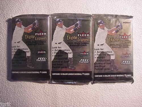 2001 FLEER TRIPLE CROWN baseball HOBBY PACK - sealed