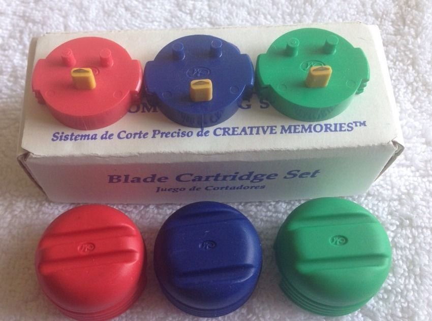 new SET 3 BLADES - BLUE RED GREEN round CREATIVE MEMORIES CUSTOM CUTTING SYSTEM