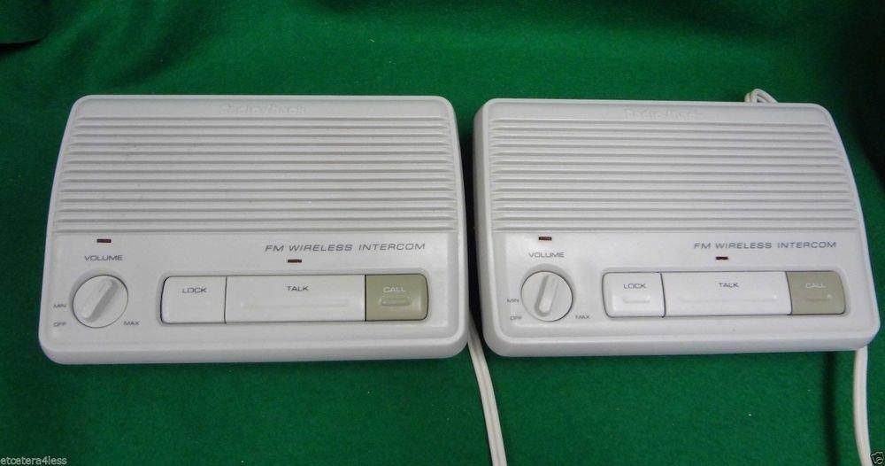 RADIO SHACK 43 204 2 (two) Station FM wireless Intercom 43204 baby moniter sound
