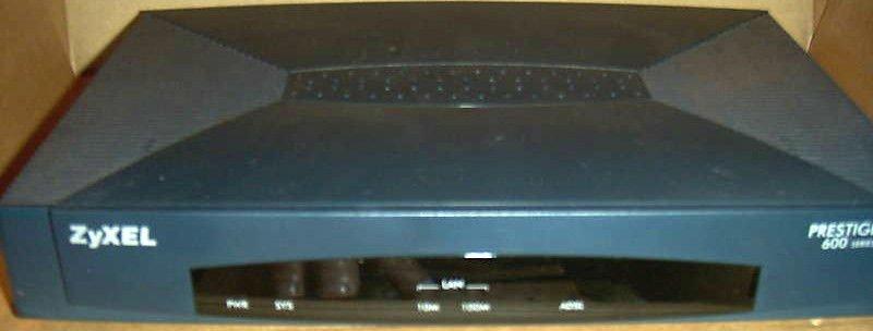 ZyXEL Prestige 641 600 series Modem cable LAN 10/100 adsl ethernet internet