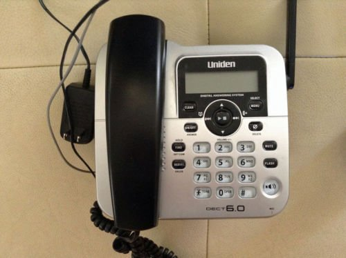 Uniden D1688 2 main charger base wPSU - 6.0 GHz cordless phone wireless remote