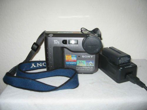 "Sony MVC FD73 floppy disk 3.5"" Digital Mavica photo Camera w/EXTRAS MVCFD73"