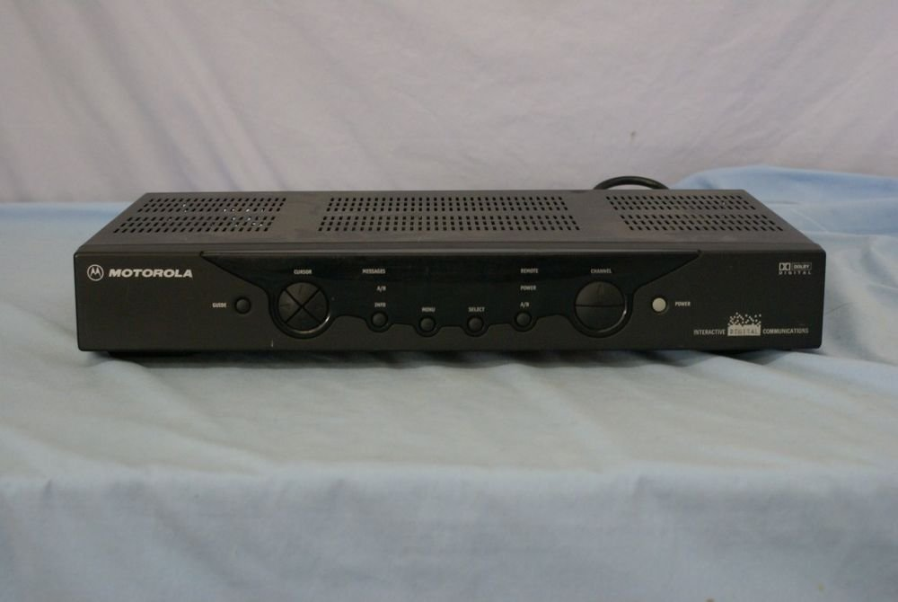Motorola DCT2224 CATV Digital Cable Box console tv console vcr converter used