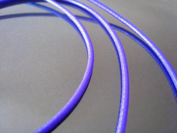 1 Meter ( 1 Yard ) of 2mm Purple ( Lilac) Round Leather Cord