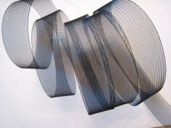 1 Yard of Vintage Black Horsehair Braid Crinoline ( 1 Inches Wide )