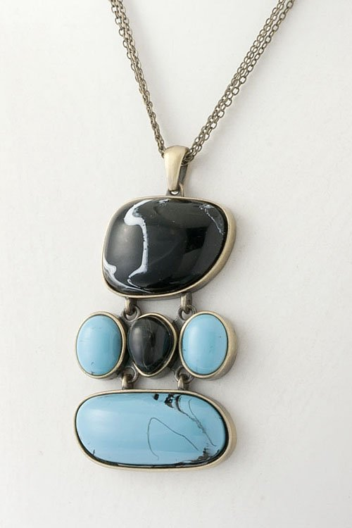 Turqouise and Black Stone link pendant necklace