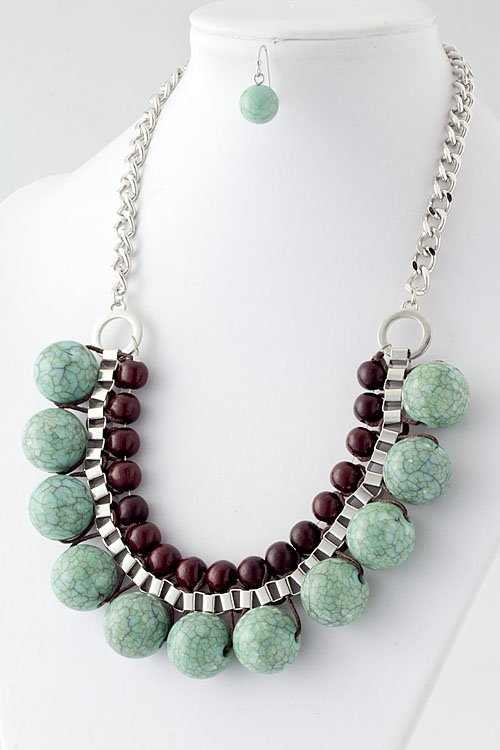 Turquoise stone bead necklace and earring set