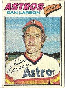 """DAN LARSON """"Houston Astros"""" 1977 #641 Topps Baseball Card"""