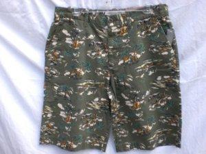 OLD NAVY~Mens Green 100% Cotton Khaki Shorts~SZ 28~NWT