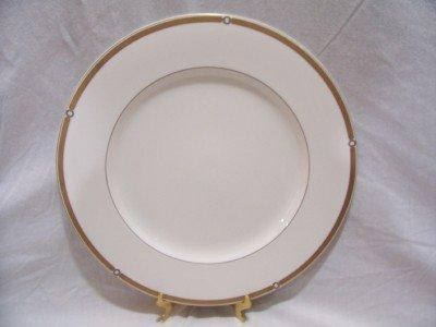 """HARNESS by Lauren, Ralph 12"""" Chop Plate (Round Platter)"""