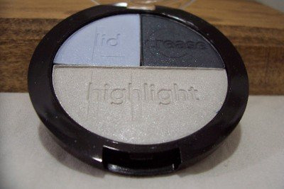 AVON Here's How Simple Eyeshadow Trio (Get-A-Clue Blue)